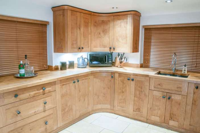 Country style Bespoke Kitchen, Hurstpierpoint, West Sussex Designed and Made By Mark Heeler
